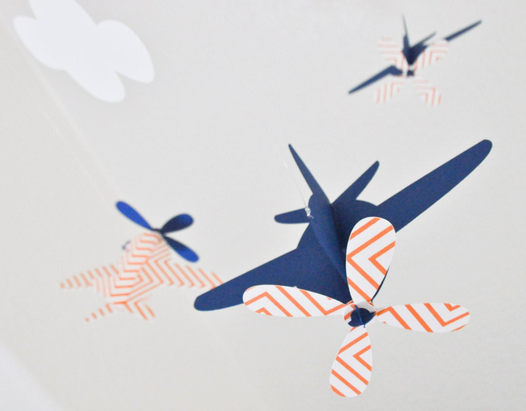 Baby mobile airplanes in orange chevron and blue for Orange mobel