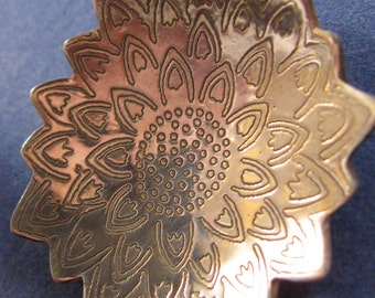 Sterling silver etched sunflower pendant necklace