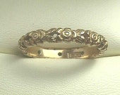 ON SALE 18K Sz. 8 Victorian Antique English Flower Band... Rare Original Yellow Gold Floral Eternity Wedding Ring...2 mm in width