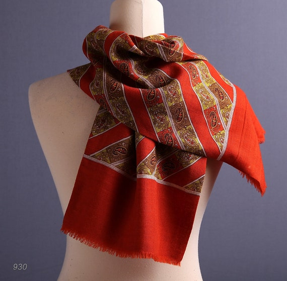Gift for Men. 1950s  Wool Mens Scarf / Burnt Orange
