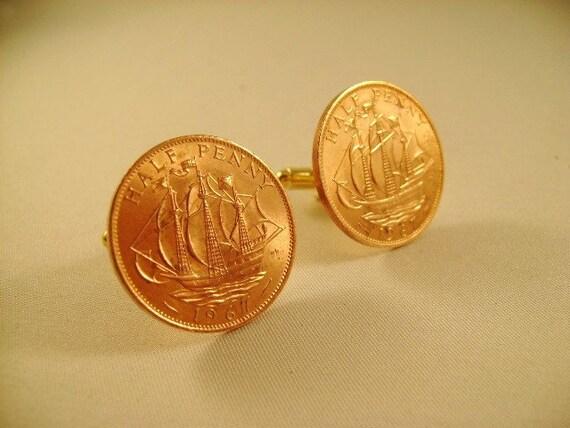 CUFFLINKS Queen Elizabeth II Vintage Half Penny UK 1967 both coins