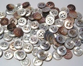 Vintage Shell Buttons Large Lot 100 Crafts Diy Pearl Buttons