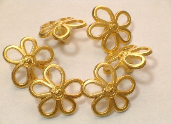 Gold Flowers Beautiful Metal Buttons 18mm Set 6 Metal Shanks