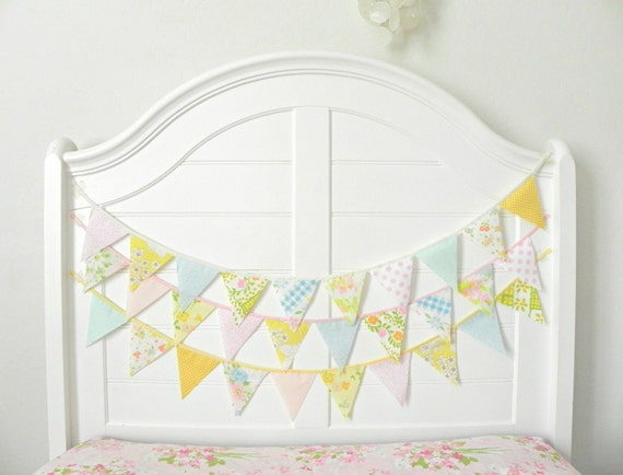 Baby Shower Decorations / Gender Reveal Party / Vintage Nursery Decor / Bunting Garland / Pastel Baby Shower / Baby Shower Garland / 9ft