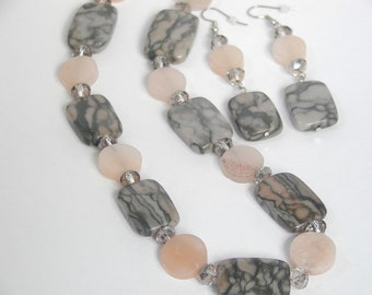 Gray Canyon marble Necklace