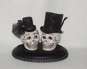 Classic SKULLS Bride and Groom cake topper