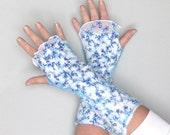 Felted fingerless gloves Mittens -  Blue stars