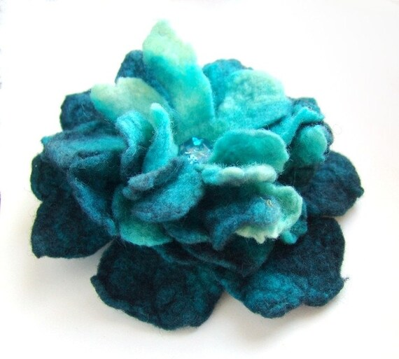 Felt flower brooch -  turquoise 50% of this sale will go to Japanese Red Cross ARTIST AID JAPAN