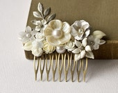 Silver Bridal Hair Comb - White Floral Hair Comb, Shabby Chic Head Piece, Wedding Hair Accessory, Vintage Collage Hair Comb