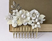 Silver Bridal Hair Comb - White Floral Hair Comb, Shabby Chic Hair Comb, Wedding Hair Comb, Vintage Collage Hair Comb, Bridesmaid Gift