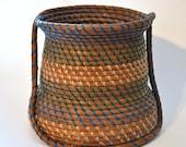 Longleaf pine needle basket