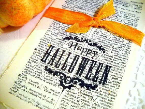 Charming Bundle of Vintage German Dictionary Pages - HAPPY HALLOWEEN