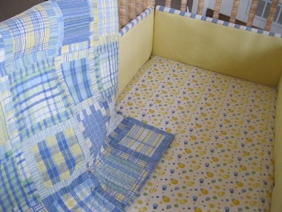 Crib set (quilt, bumper pads, dust ruffle and sheet)