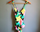 SALE Vintage 80s TROPICAL HIBISCUS Bathing Suit with Ruffles