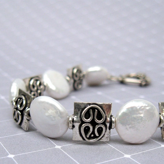 White Pearl bracelet with Bali sterling silver