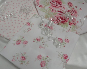 Rachel Ashwell Fabric Scattered Roses Chintz Rosebud