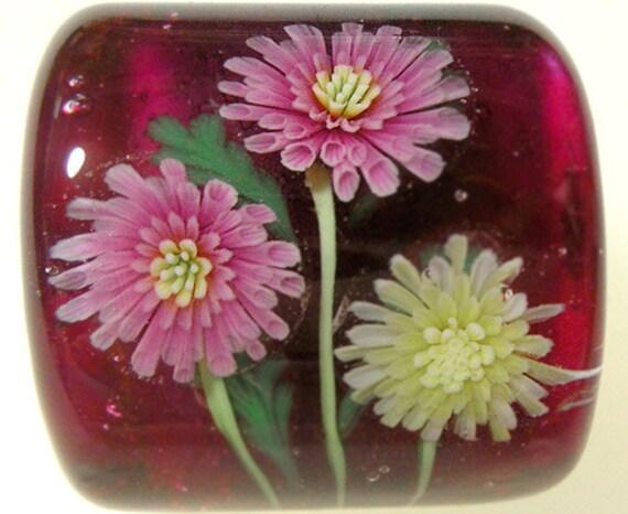 Pink & White Chrysanthemum Flower Square Bead sra
