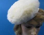 H9 Vintage 30's Ermine Fur beret hat w rhinestone button trim