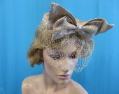 H28 Vintage hat 1960s NET w gold brocade bow