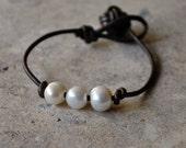 Elena Bracelet - Pearl and Leather