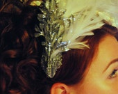 Andrata - Ice Queen Bridal Fascinator with Feathers and Silver Leaves