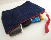 navy blue grid crochet clutch with red