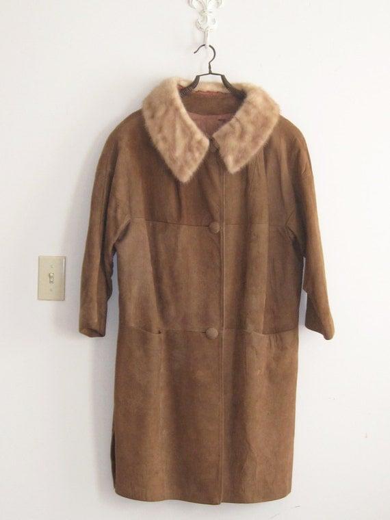 SALE vintage plus size womens suede coat fur collar