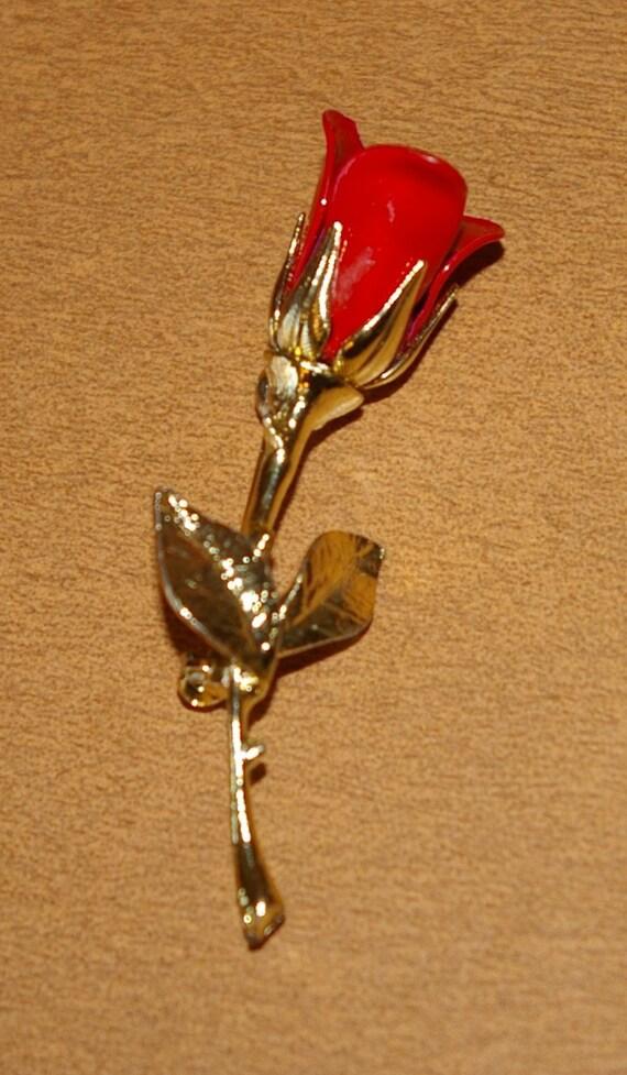 Red Rose Brooch  Gold Tone Long Stem  Vintage 1970's