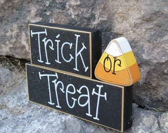 HALLOWEEN TRICK or TREAT Blocks for Halloween, home, desk, shelf, mantle, holiday, october, jackolantern, pumpkin, decor