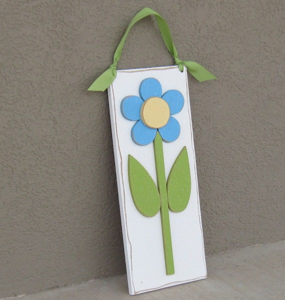 Hanging DAISY for Spring, Summer, girl, wall, room and door decor