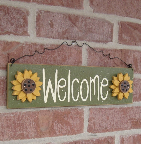 Free Shipping- Welcome sign with sunflowers (Green) for home and office door hanging sign