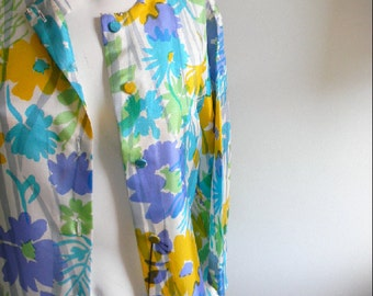 vintage.  DEADSTOCK 60s Floral Silk Jacket // S to M