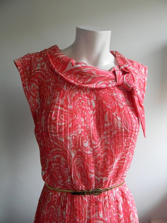 vintage. 60s Swirl Print Pleated Column Dress /  Medium to Large