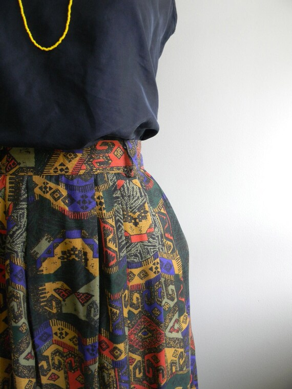 vintage. Dark Aztec Print Skirt / Medium Rayon Skirt /  70s Mid Skirt