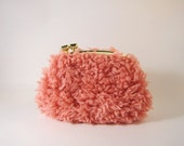 small coin purse-pink fur