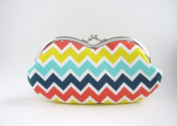 Sunglass/ Eyeglass Case - rainbow chevron