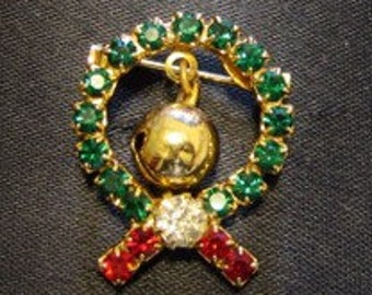 Vintage 1960s Rhinestone Christmas Wreath Brooch Pin with Bell
