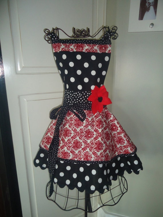 """4RetroSisters """"Annabelle Style"""" Womens Full Apron - """"CRANBERRY Damask""""   Fall - Thanksgiving - Christmas"""