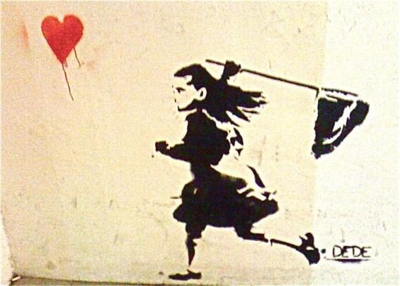 Runaway Heart GRAFFITI Tel Aviv signed phipps y moran Flipping Gypsy Photography free mat Ready To Frame
