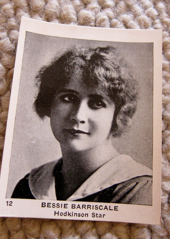 Soulful Eyes 1920s Hollywood Vintage Photo souvenir movie card Egyptian Prettiest Cigarettes Collectible RARE
