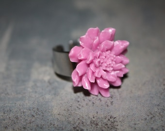 Lavender adjustable ring