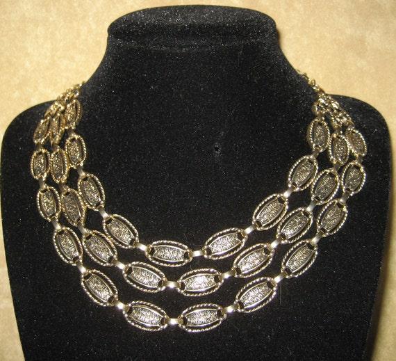 Vintage 60s/70s Sarah Coventry Triple Strand Goldtone Link Necklace