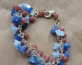 flower and round bead bracelet