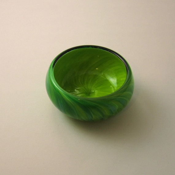 """Glass Bowl  in Lime and """"Aqua mix"""" Ring Bowl size"""
