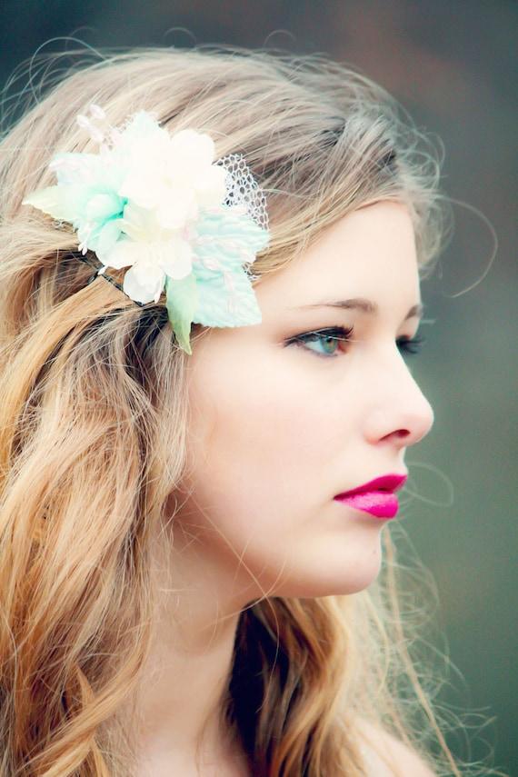 flower hair comb, blue flower comb, flower for hair, summer trend