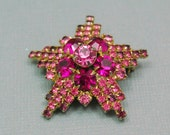 Pink Rhinestone Star Brooch Lapel Pin Small Vintage