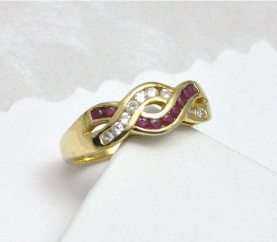 Ruby Ring Vintage Sterling Yellow Gold Modern Design