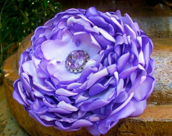 Lilac Afternoon- Large flower hairpin with vintage center