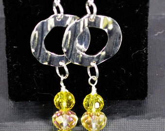 Lovely lemon yellow two tone faceted glass and silver tone earrings