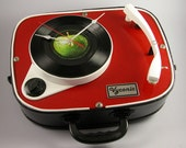 Upcycled and re-engineered Beatles themed HF12  Fidelity record player